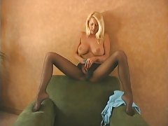 Erotic tease from pantyhose girl tubes