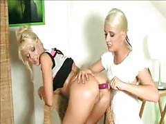 Lesbians get right into pussy play tubes