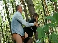He fucks sexy glasses girl in the woods tubes