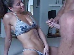 Fit babe in bikini sucks him and gets cumshot tubes