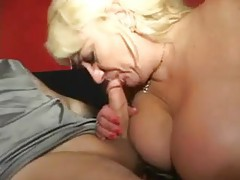 Mature with big knockers gives a BJ tubes