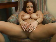 Girl with big naturals likes to masturbate tubes