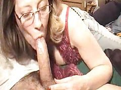 Deepthroating mature in glasses tubes