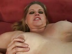 Shaved fat girl taking black cock tubes