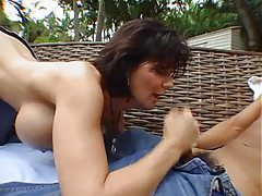 Deauxma strokes him to an orgasm outdoors tubes