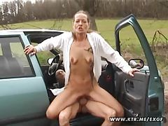Amateur housewife sucks and fucks in her car with cumshot tubes