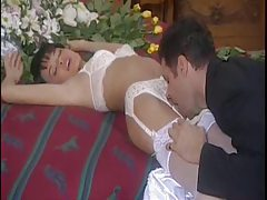 Erotic foreplay with his gorgeous new bride tube