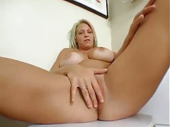 Amazing big tits girl rubs her sexy pussy tubes