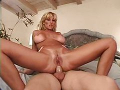 A classic blonde pornstar fucked in a DP tubes