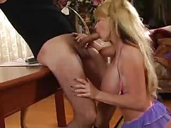 Taylor Wane down on her knees sucking cock tubes