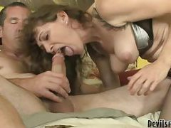 Dude gets hot head from a milf in lingerie tubes