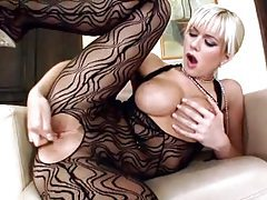 Finger fucking blonde with big perky tits tubes