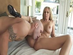 Hubby on the floor as Julia Ann sucks a dick tubes