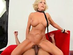Mature porn whore loves cock in her holes tubes