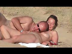Mature and young lesbian munching box in bedroom tubes
