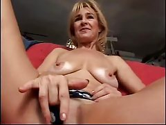 Mature strips and teases solo tubes