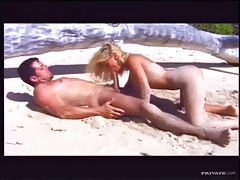 Busty girl great sex on a beach tubes