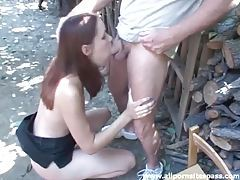 Cumshot in her eye after outdoor blowjob tubes