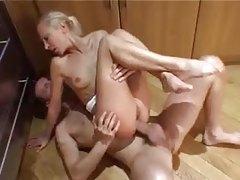 Skinny slut anal hardcore in kitchen tubes