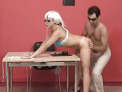Cute blonde in glasses gets a good fuck tubes
