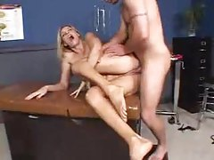 Anal sex makes a blonde milf squirt tube