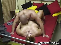 Chubby amateur wife sucks and fucks at home tube
