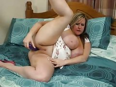 Fat girl and her purple dildo have sex tubes