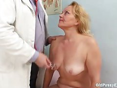 Fat ass blonde mature and her doctor tubes