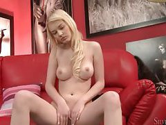 Young blonde has perfect natural tits tubes