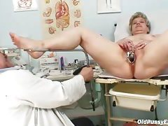 Speculum and dildo fuck a mature in office tubes