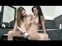 Leggy lesbians use their naughty toys tubes