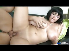 Voluptuous short haired vixen getting ravaged tubes