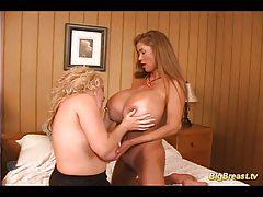 Huge breasts lesbian babes sex tubes