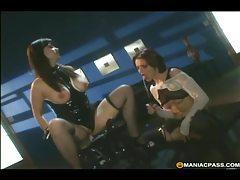 Dildo machine makes lesbian scene so spicy tubes