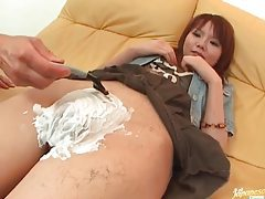 They shave her and reveal super tight pussy lips tubes