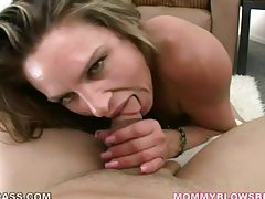 Petite blonde knows how to suck a thick dick tubes