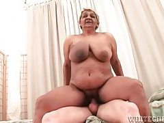 Gross granny enjoying a younger mans fat cock tubes