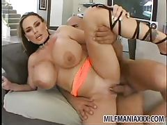 Big milf with huge tits laid by a thick dick tubes