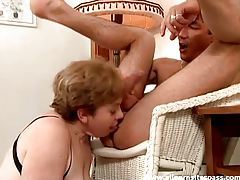 Horny mature lets him use her mouth and pussy hard tubes