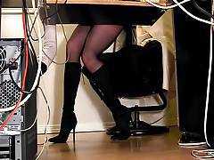 Secretaries under desk hidden cam masturbation tube