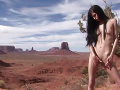Eroberlin Zoe Rush skinny teen outdoor pissing Monument Valley long hair cutie tubes
