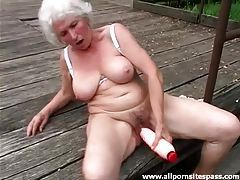 Huge dildo sex outdoors with curvy grandma tubes