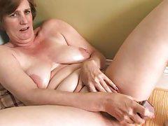 Ray Lynn mature dildo solo tubes