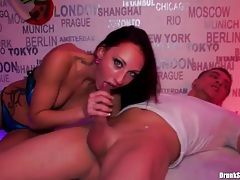 Cunt licking and hot fucking ladies at a party tubes