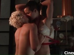 Sexy lesbians get horny making out tubes