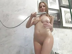 Big natural boobs blonde solo in the shower tubes
