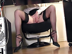Leggy secretary fingering at the office in nylons tubes