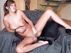 In only black high heels this girl fingers cunt tubes