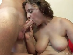 Mom with a fat ass gives him her pussy tubes