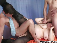 Granny pantyhose ripped open for fucking tubes